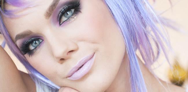 Sveriges sexigaste make up bloggare Linda Hallberg