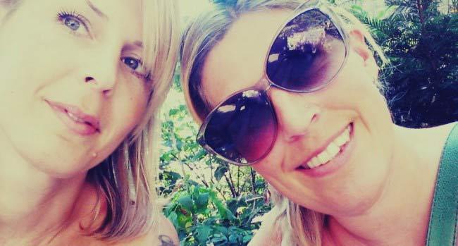 Sveriges sexigaste resebloggare Hanna och Sofia